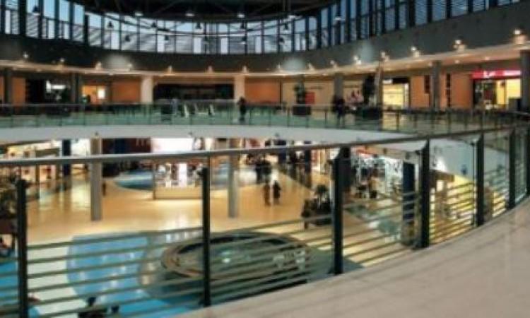Codisys realiza dos nuevas instalaciones y da soporte a la apertura en el centro comercial ITAROA